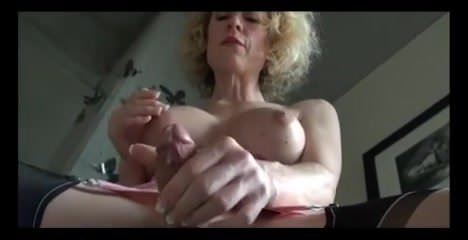 Shemale Masturbation 2